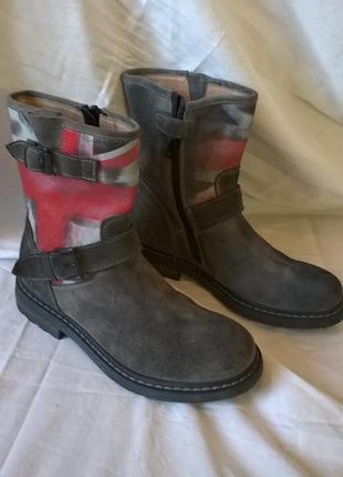 Фирменные кожаные сапоги ботинки 31р. 20,5 см., супинатор, bi ...