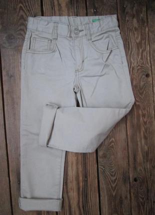 Стречевые джинсы benetton stretch skinny на 4-5 лет/ состояние...