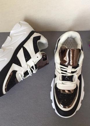 Крутейшие кроссовки по сладкой цене!