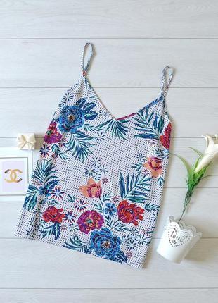 Красива блуза в квіти f&f