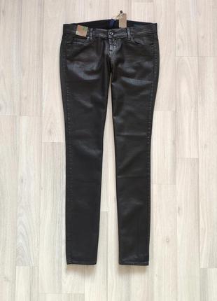 Чорні блискучі джинси черные женские джинсы размер 30