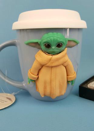 Игрушка кружка маленький Йода подарок детская чашка с крышкой