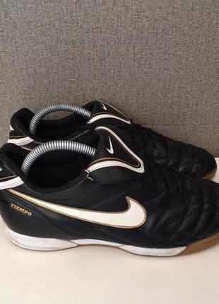 Футзалки nike tiempo бампы футбольная обувь кроссовки