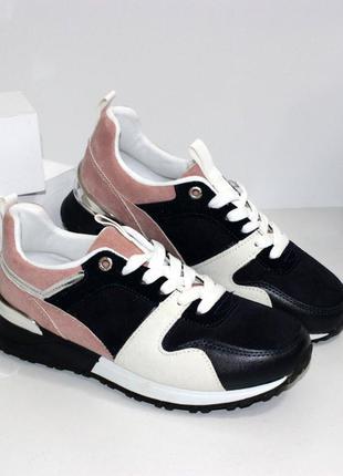 Качественные женские замшевые черные кроссовки с розовыми и бе...