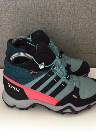 Трекінгові жіночі черевики adidas terrex mid gore-tex женские ...
