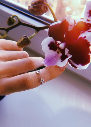 Серебряный кольца
