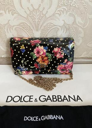 Dolce and gabbana оригинал италия черная лаковая сумка клатч