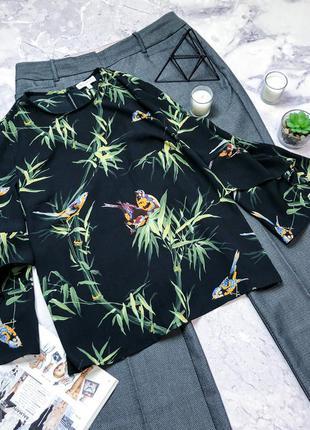Красивенная блуза с птичками warehouse