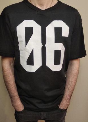 Спортивна футболка з h&m