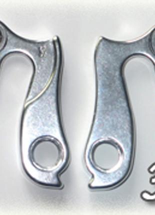Петух (сменный крюк) для рамы №31