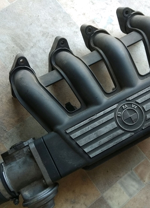 Коллектор впускной BMW m41d17