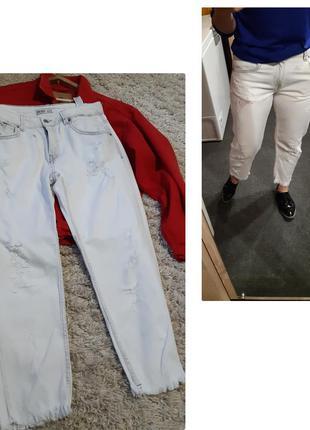 Актуальные белые джинсы,  zara,  p. 40-42