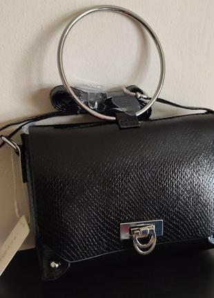 Легкая сумочка- кроссбоди примарк