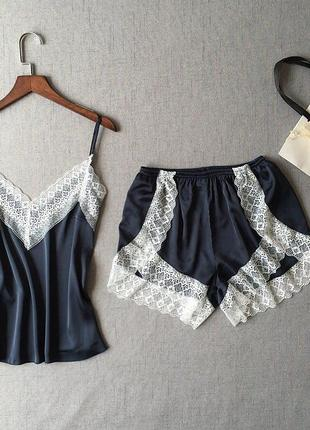 Атласная домашняя пижама, майка и шорты, размер м
