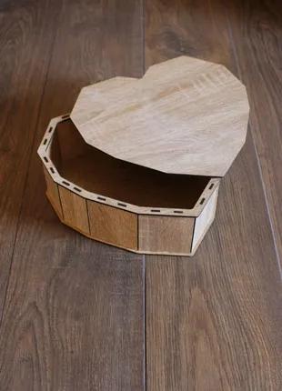 Подарочная  коробка сердце. Днепр