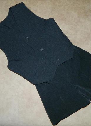 Жилетка и шорты детские черные на мальчика 4-5 лет