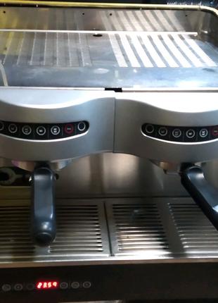 Кавова машина.кавоварка.