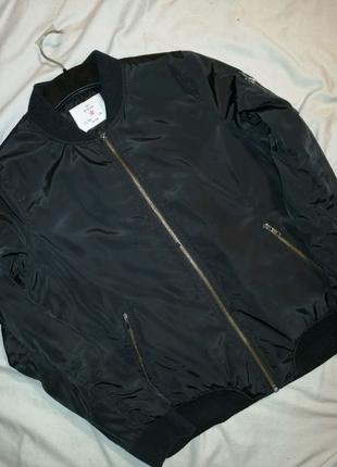 Куртка ветровка фирменная YD на весну мальчику 12-13лет