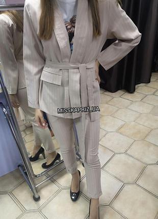 Стильный женский брючный деловой костюм пиджак на подкладке