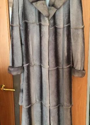 Женская шуба из стриженного бобрика