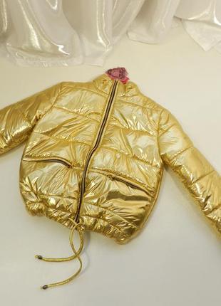 Дутая куртка  клубовка укороченная