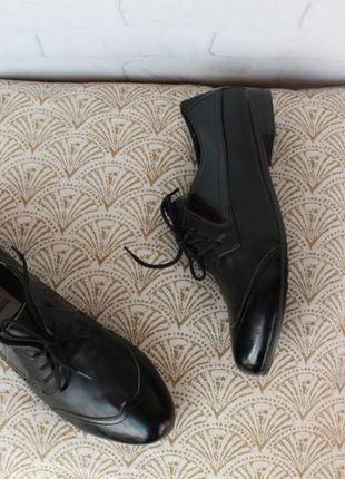 Кожаные туфли на шнурках, оксфорды, броги 36, 37 размера на ни...