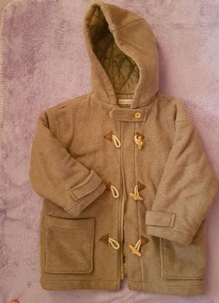 Курточка на девочку на 4 года