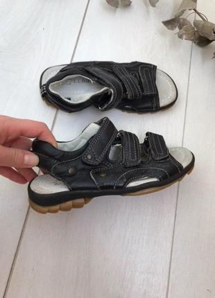 Детские сандали для мальчика 32 р кожа мягкие и удобные
