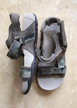 Мальчиковые сандали на удобно ортопедической подошве  32 р 20с...
