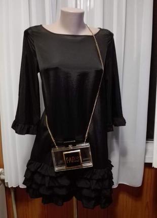 Красивое платье рюши волан