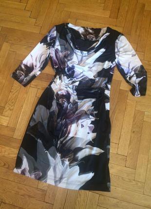 Стильное платье с цветочным принтом,c&a