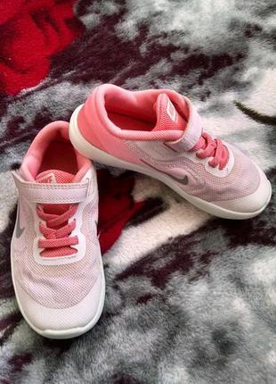 Кроссовки для девочки 27 р-nike
