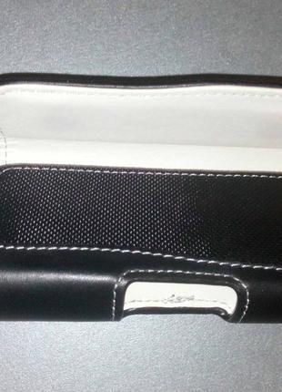 Кожаный чехол для смартфона/телефона с БЕЛОЙ кожей внутри.