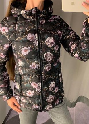 Стёганая демисезонная куртка в цветах курточка amisu есть размеры