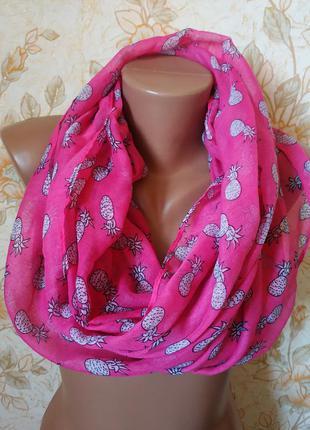 Красивый шарф-хомут