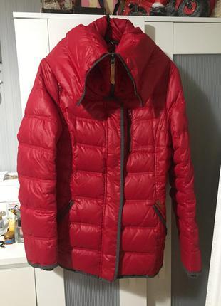 Тёплая красная куртка, пуховик яркий тёплый edc by esprit