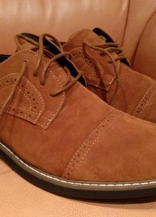 Мужские туфли GOLAIMAN