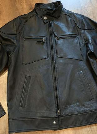 Стильная кожаная куртка next