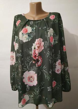 Итальянская красивенная блуза в розы uk 16/44/xl