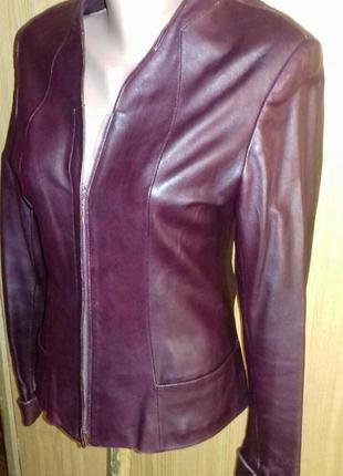 Кожаная куртка пиджак р.36