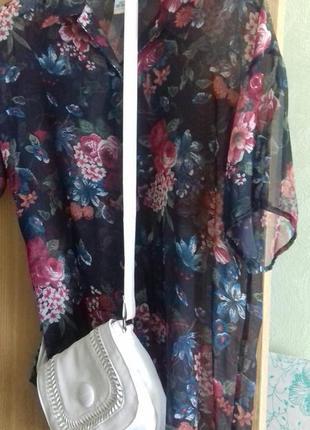 Супер легенькая шифоновая блуза. очень красивая!
