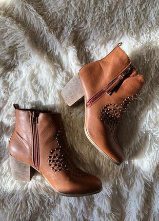 Новые трендовые коричневые ботинки казаки salt&pepper размер 3...