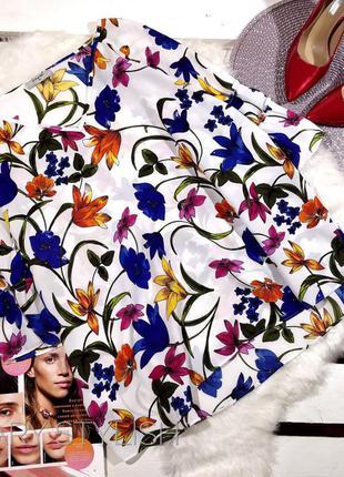 Блузка шифоновая в яркие цветы