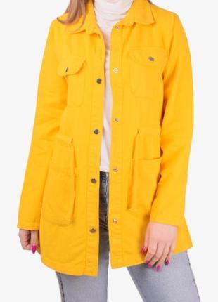 Женская джинсовая куртка, желтая.