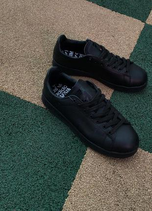 Женские кроссовки adidas stan smith black lather