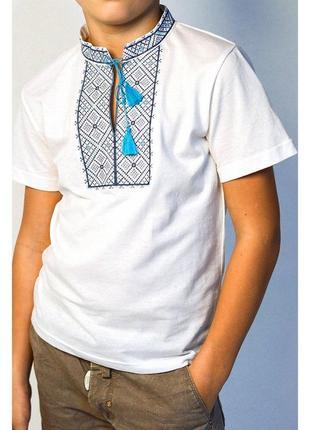 Вишита футболка з вишивкою для підлітка бавовна вышитая для по...