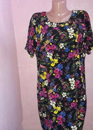 Платье в цветах, большой размер