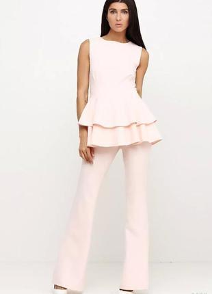 Шикарный костюм пудрового цвета bonita