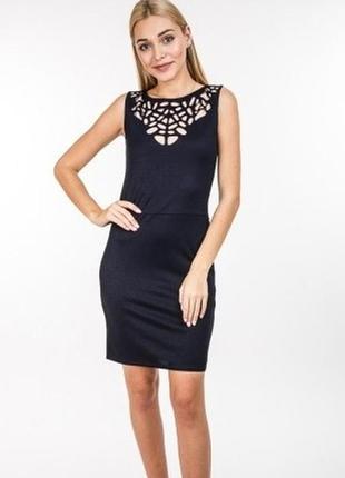 Елегантне приталене платье сукня плаття с декором на декольте ...