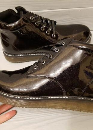 Лаковые демисезонные ботинки на байке с супинатором р.33-37,5 ...